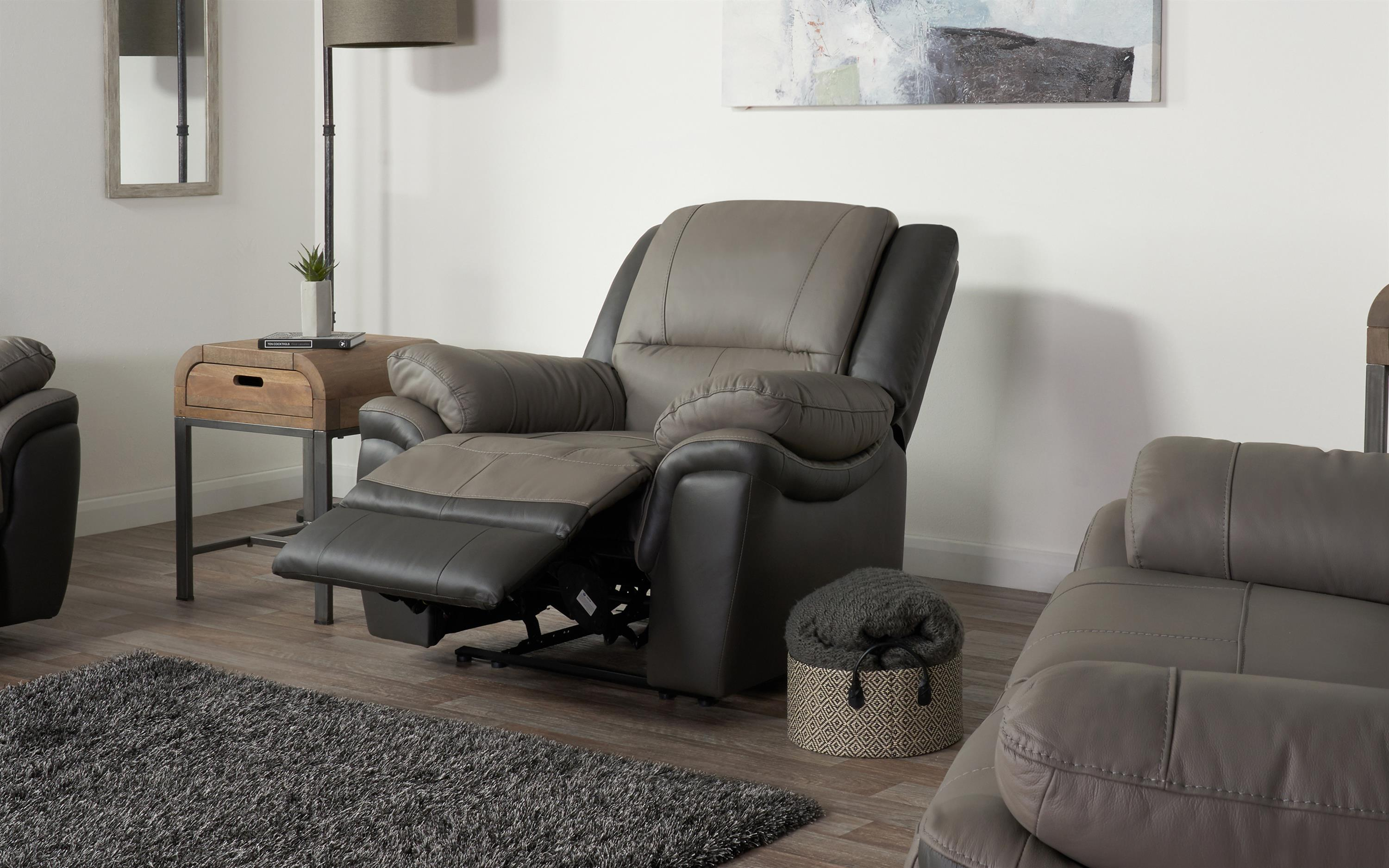Pluto Manual Recliner Chair